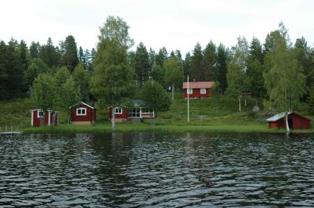 Vacation Rentals Sweden - Lake front property Holmsjön