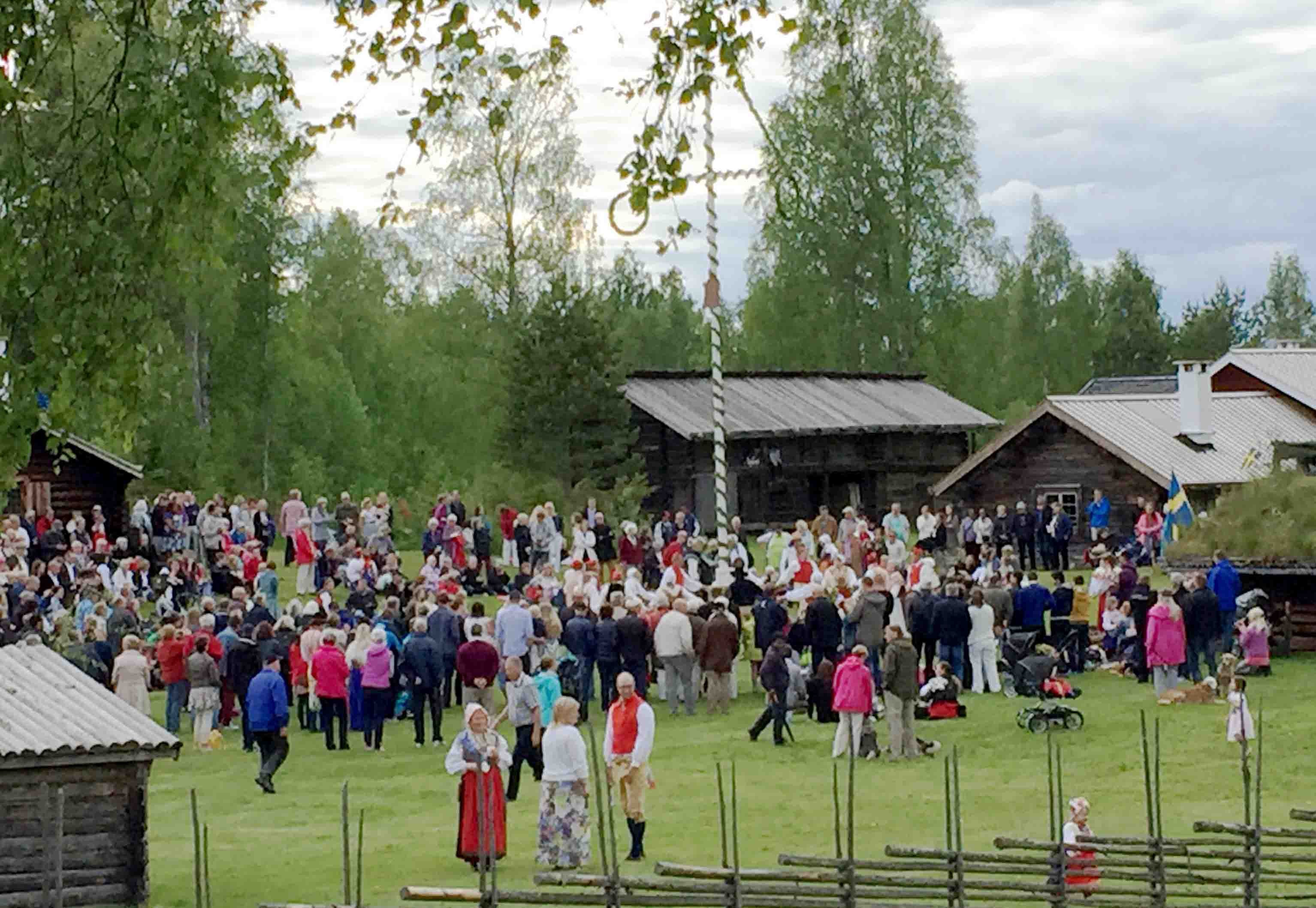 Open Air Museum - Midsummer dancing